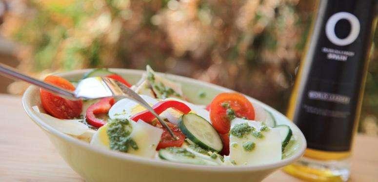 Recette salade de concombre et basilic