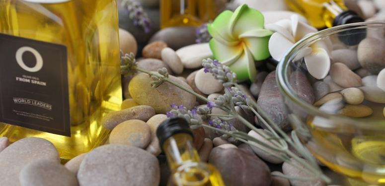 Saviez-vous que l'Huile d'Olive peut être votre meilleure astuce beauté?
