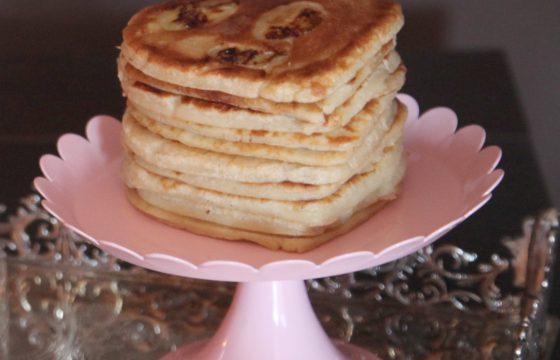 Pancakes au cœur de banane et cannelle