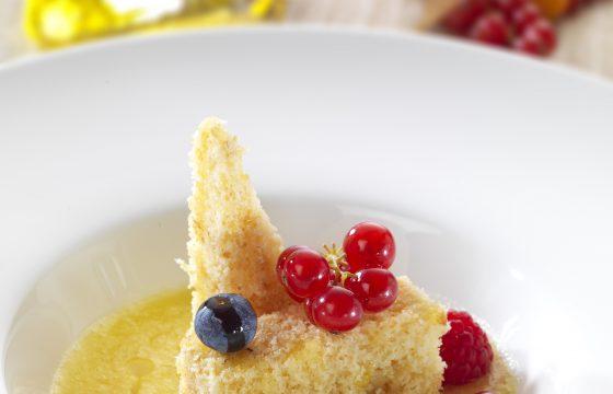 Soupe à l'ananas, gâteau au chocolat blanc
