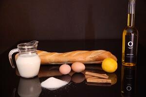 Ingrédients pour préparer le pain perdu